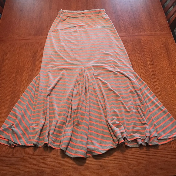 6321722234 nine 1 eight Skirts | Size S Long Maxi Skirt | Poshmark
